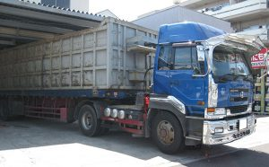 UDトレーラートラックにヨコハマタイヤ MY777 を装着しました[11R22.5 16P]