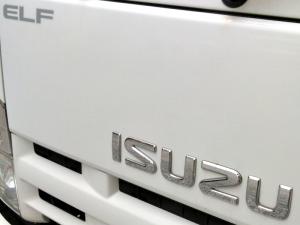 小型トラックといえば「いすゞエルフ(ELF)」その人気の秘密とは?