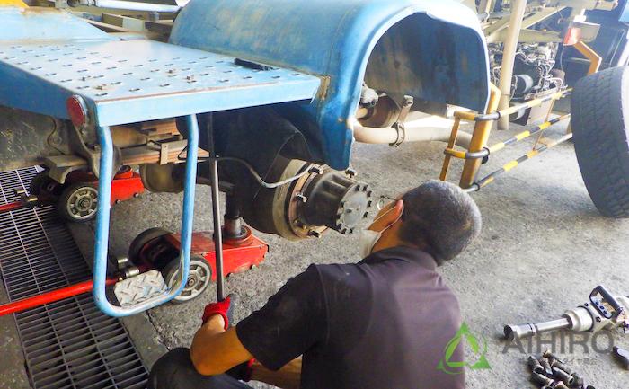 フェンダー 修理 鉄パイプ